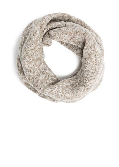 Mango - przegląd czapek i szalików zima 2013