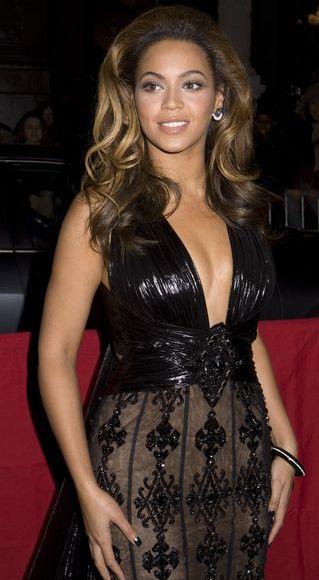 Beyonce w koronkowej sukni