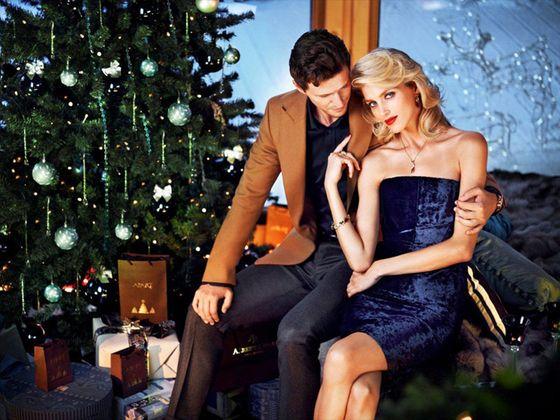 Anja Rubik w świątecznej kampanii Apart