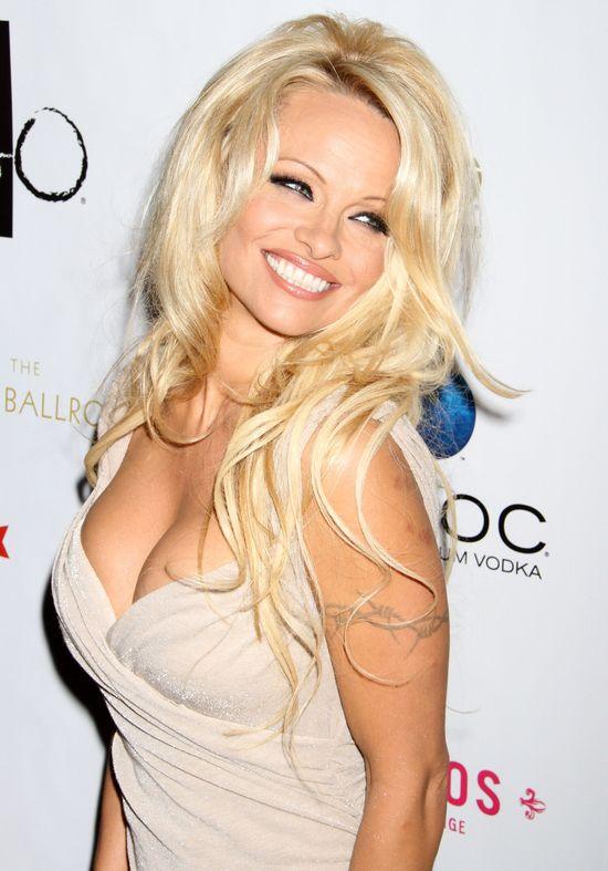 Pamela Anderson na imprezie urodzinowej Hugh Hefnera