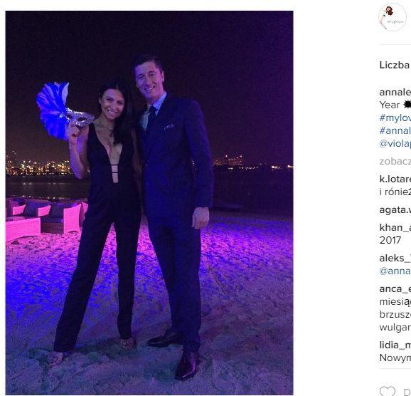 Kiedy w Sylwestra Anna Lewandowska opublikowała na Instagramie zdjęcie w kombinezonie z głębokim dekoltem wszyscy przecierali oczy ze zdumienia. Nikt nie mógł uwierzyć, że gwiazda w 6. miesiącu ciąży jest aż taka szczupła.