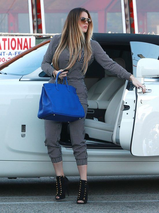 Stylizacje Khloe Kardashian