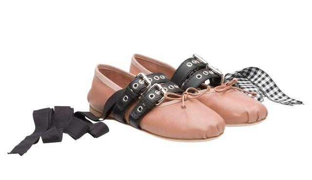 Nie uwierzycie, w jakich butach poszła do ślubu Agnieszka Szulim!