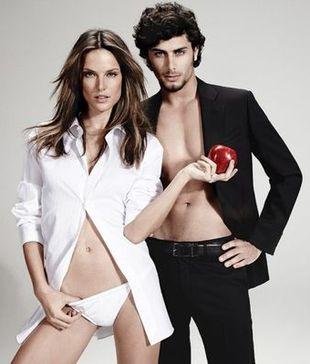 Alessandra Ambrosio i Jesus Luz razem w jednej sesji (FOTO)