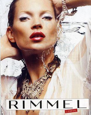 Kate Moss podbija branżę kosmetyczną