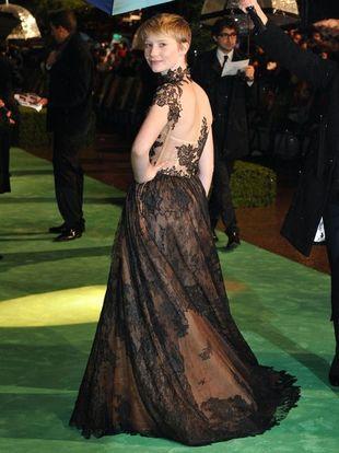 Mia Wasikowska w fantazyjnej sukni Valentino