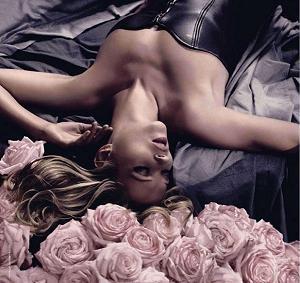 Kate Moss reklamuje Parisienne a l'Extreme