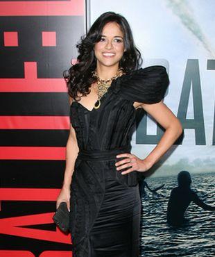 Michelle Rodriguez postawiła na asymetrię (FOTO)