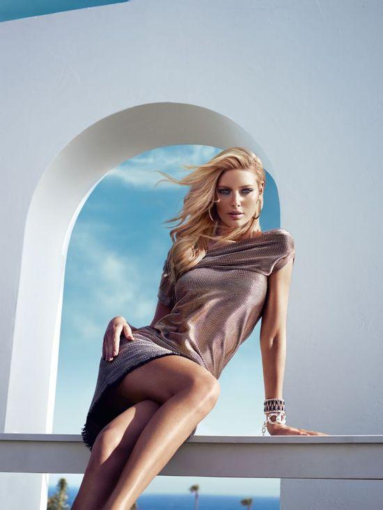 Amanda Streich w jesiennej kampanii Guess by Marciano