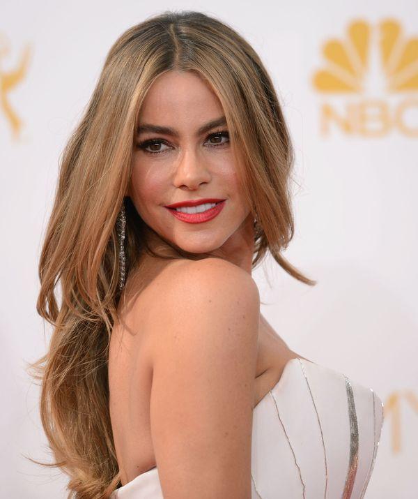 Czerwony dywan - rewia mody na gali Emmy Awards