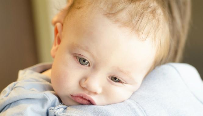 Biegunka u niemowlaka: jak pomóc dziecku?