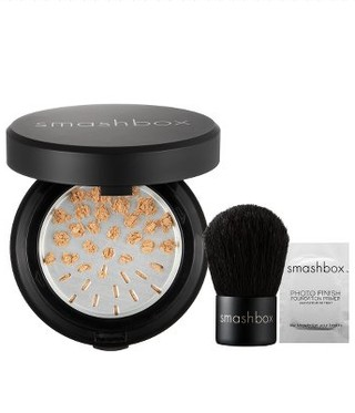 Smashbox - nowy puder do cery suchej