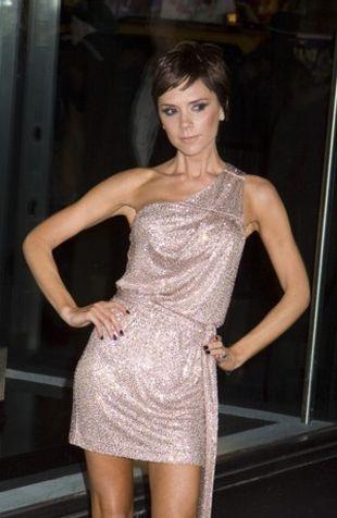 Victoria Beckham w sukni od Armaniego
