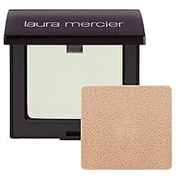Transparentny puder od Laury Mercier