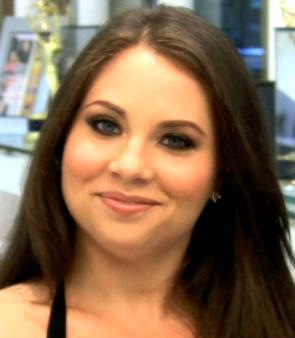 Makijaż w stylu Megan Fox według Eve Pearl
