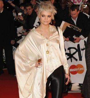Pixie Geldof i jej niekończący się rękaw