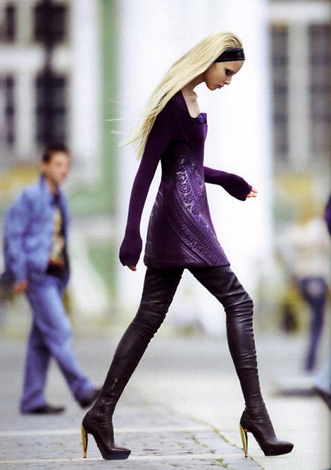 Modelka z protezą nogi robi furorę w sieci (FOTO)