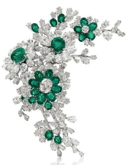 Klejnoty Elizabeth Taylor wystawione na aukcję przez dom aukcyjny Christie