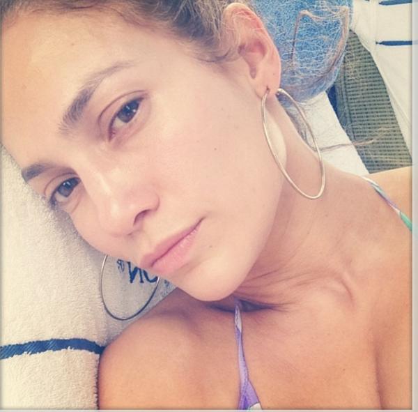 Gwiazdy bez makijażu - przegląd selfie!