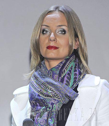 Agnieszce Szulim makijaż nie służy? (FOTO)