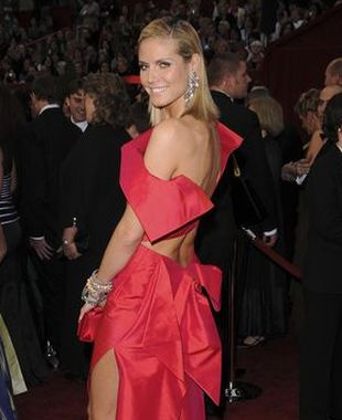 Heidi Klum in red - Oscary 2009