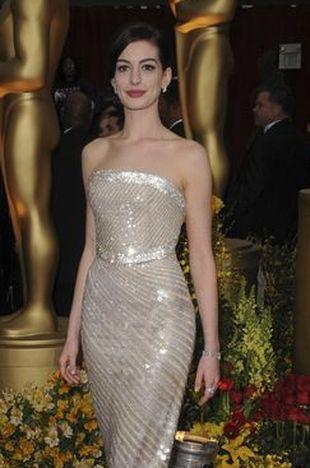 Rozpromieniona Anne Hathaway
