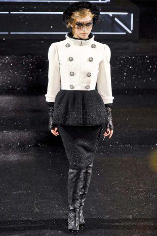 Ciepłe okrycia od Chanel (FOTO)