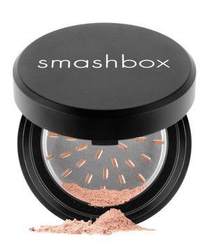 Puder mineralny Smashbox