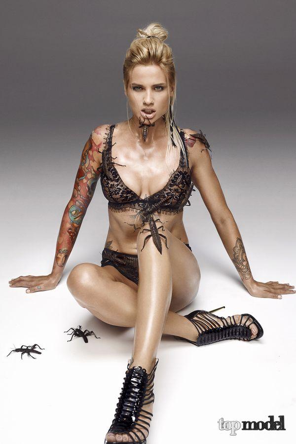 Sesja Top Model - wybór między nagością a robakami