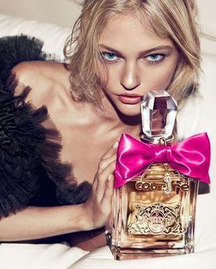 Sasha Pivovarova promuje perfumy (FOTO)