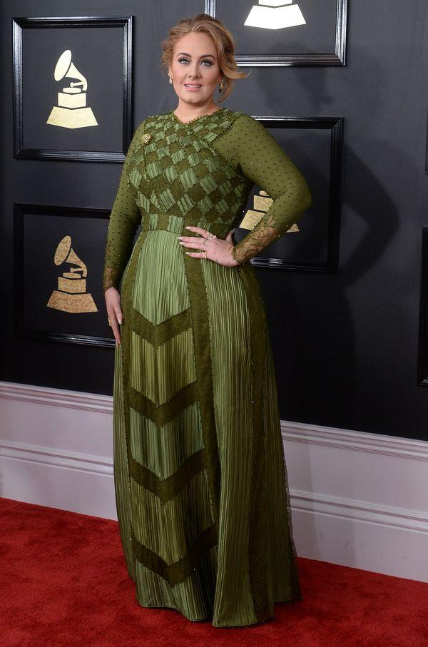 Grammy 2017 - najlepiej ubrane gwiazdy wg Vogue Na zdjęciu: Adele w kreacji Givenchy Haute Couture i biżuterii Lorraine Schwartz