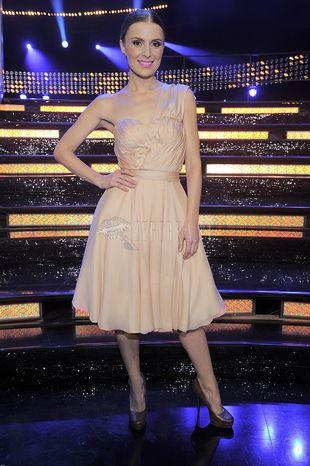 Halinka Młynkowa w cielistej sukience (FOTO)