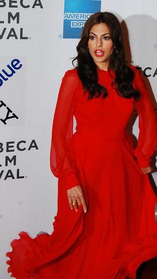 Eva Mendes w kreacji od Gucci (FOTO)