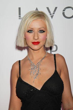 Christina Aguilera - krótkie włosy...