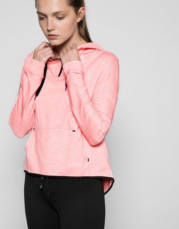 Modny strój na WF - propozycje ubrań