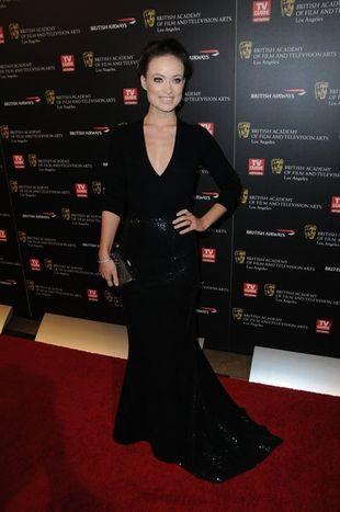 Olivia Wilde w sukni Michaela Korsa (FOTO)