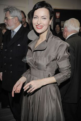 Danuta Stenka - to płaszcz czy sukienka?
