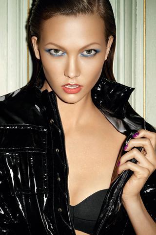 Karlie Kloss twarzą letniej kolekcji kosmetyków YSL
