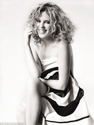 Kylie Minogue w kampanii przeciwko rakowi piersi