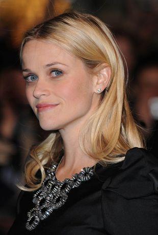 Reese Witherspoon w kreacji od Prady