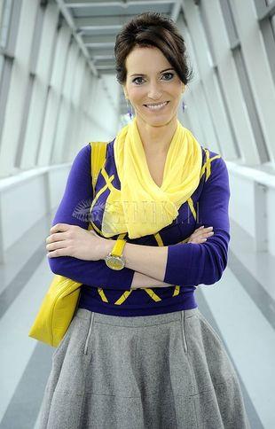 Szaro-fioletowo-żółta Paulina Smaszcz-Kurzajewska