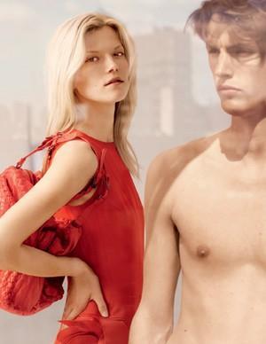 Kasia Struss w kampanii Bottega Veneta