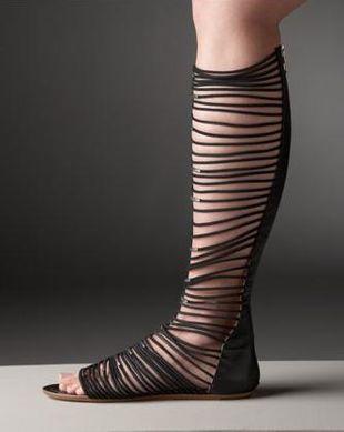 "Sandały z ""bransoletek"""