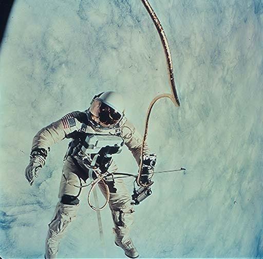 Okresowy problem? Jak astronautki radzą sobie z miesiaczką w kosmosie...