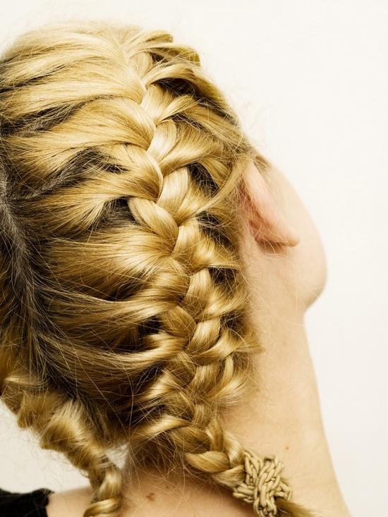Modne fryzury - warkocze!