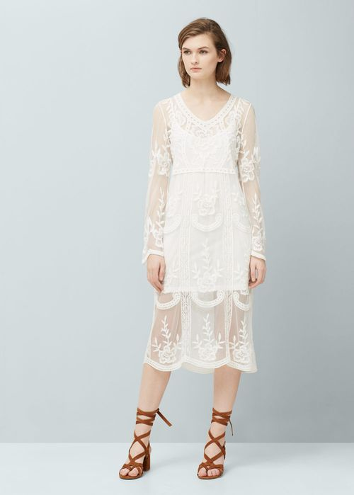 Hit na lato! Modne sukienki w bieliźnianym stylu