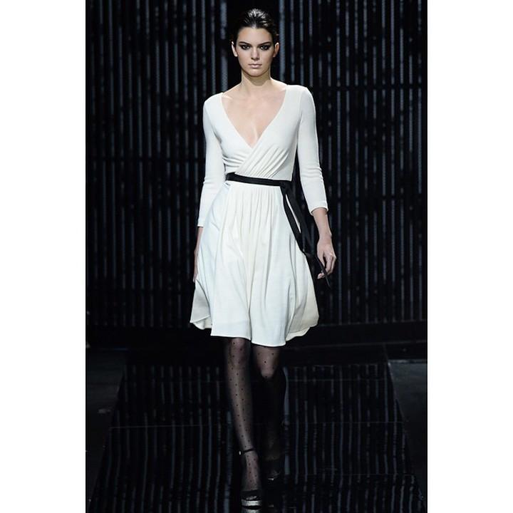 Kendall Jenner na wybiegach pokazów mody