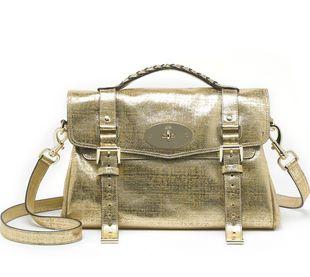 Złota torba Alexy Chung