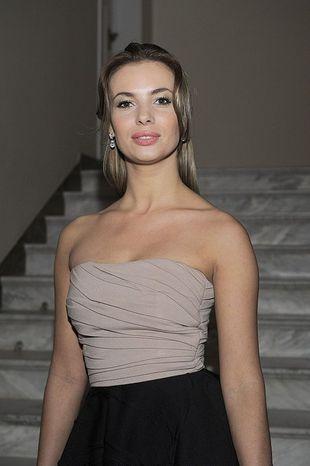 Izabela Janachowska również przyciemniła włosy