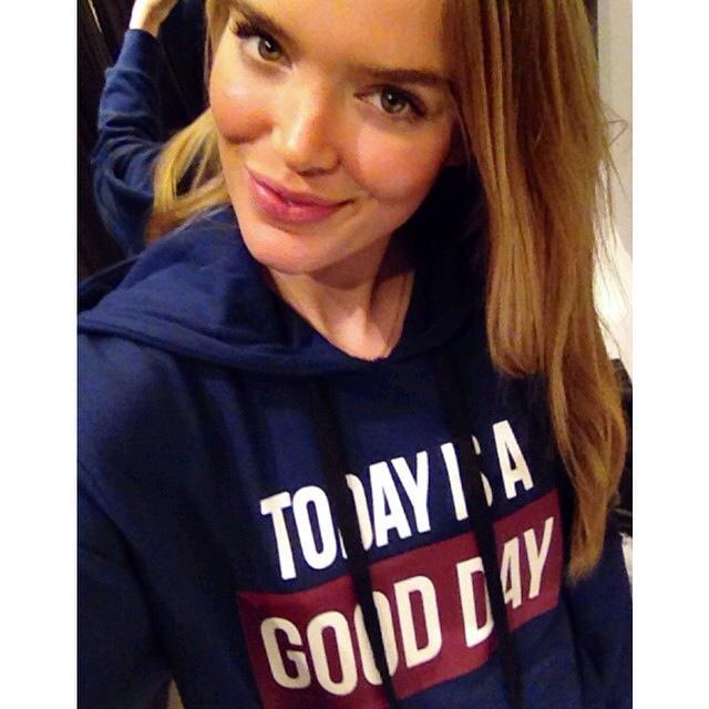 Zo Nowak na Instagramie - polska modelka, która robi karierę na całym świecie